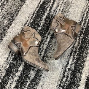 Circle G by Corral Star Studded Booties Size 8